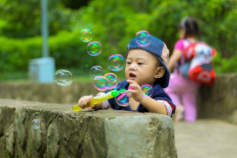 小孩咳嗽吐怎么办小孩咳嗽吐的原因是什么