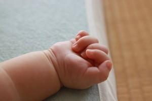 4个月宝宝怎么自主入睡宝宝自己睡觉有什么好处