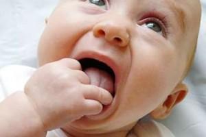 6个月宝宝流鼻涕怎么办宝宝流鼻涕的原因分析