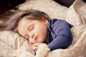 4个月宝宝的护理要点有哪些怎么给4个月宝宝的营养建议